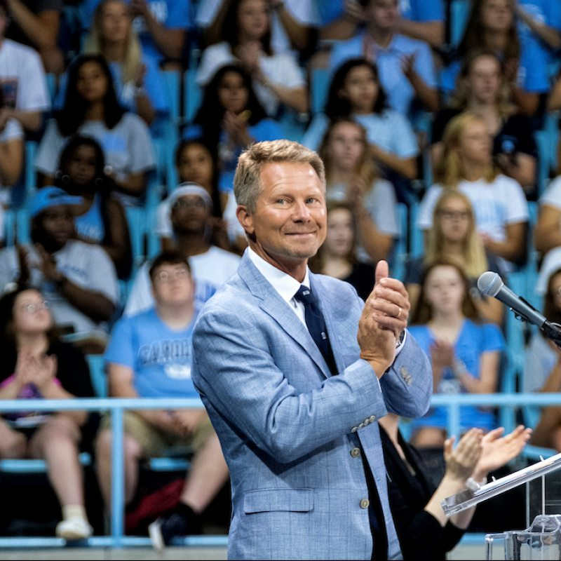 Kevin Guskiewicz speaks at New Student Convocation