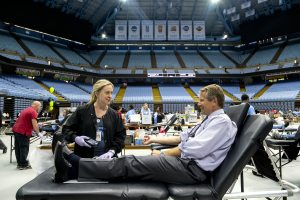 Chancellor Kevin Guskiewicz donates blood at the Carolina Blood Drive