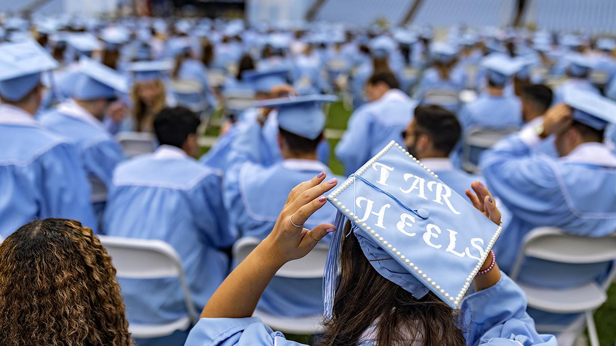 A graduation cap that says